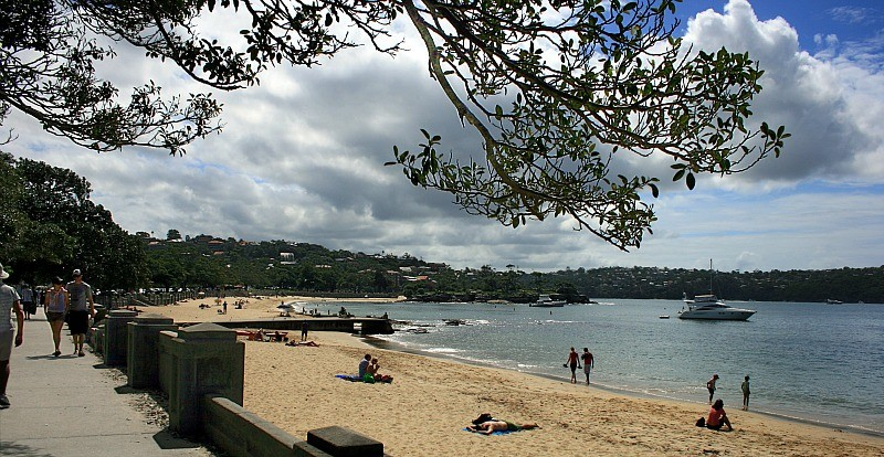 Balmoral Beach by public transport