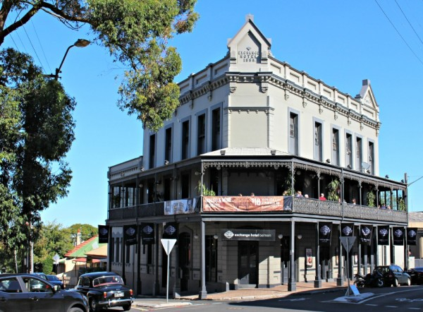 Sydney Bucketlist pub crawl in Balmain