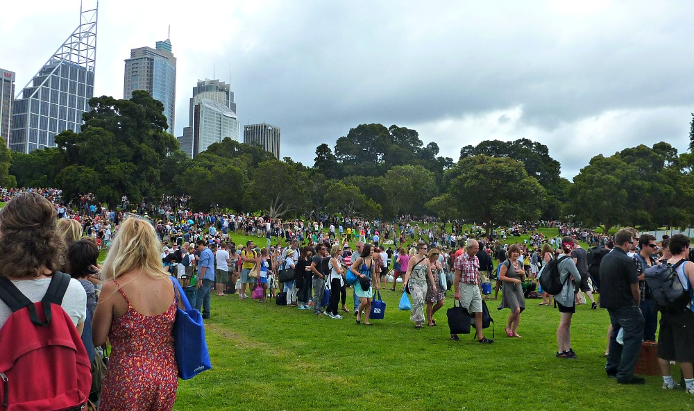 Sydney NYE Queue at Mrs Macquarie's Point