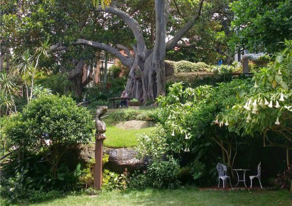 Quiet picnic spots in Sydney Wendys secret garden