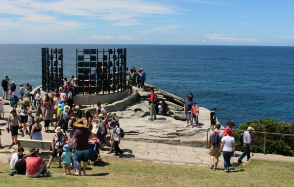 Sculpture by the sea 2015 crowd
