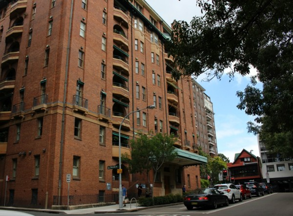red brick apartment building in Kings Cross Australia's first apartment building