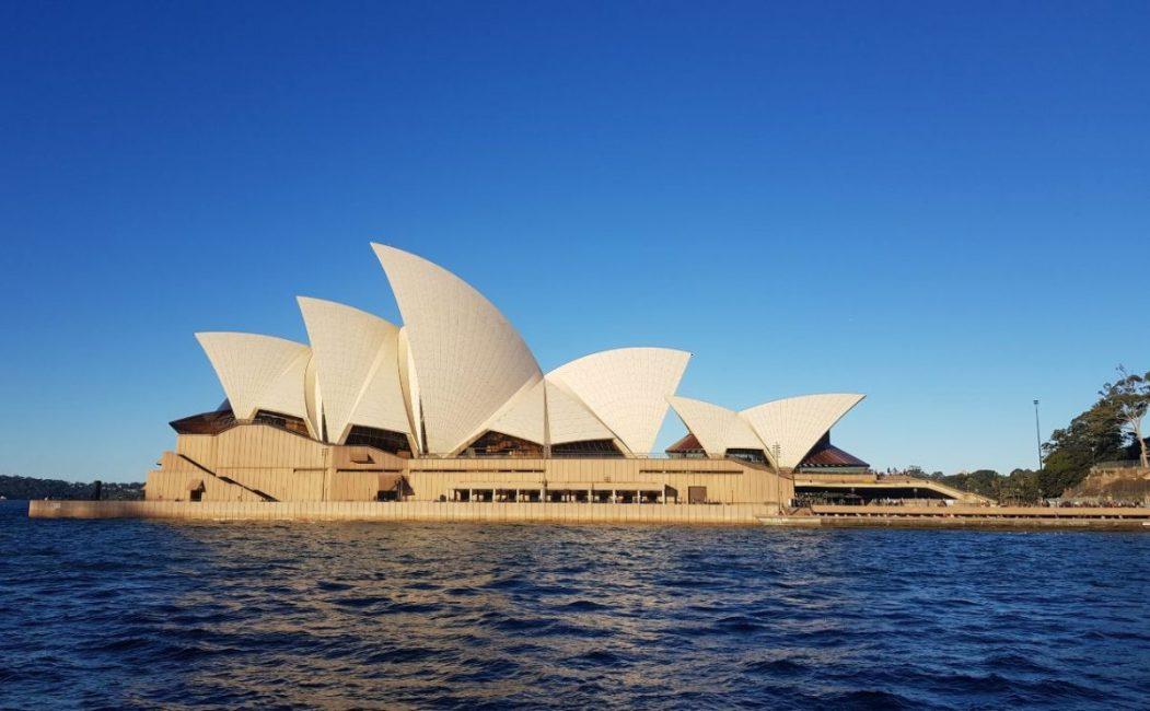 Sydney Opera House Photo blue sky