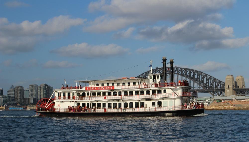 Sydney Caberet Cruise paddleboat Sydney Harbour Cruise Experiences