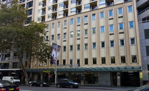 Hyde Park Inn Hotel large family rooms Sydney