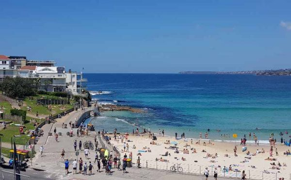 Mermaids Pool North Bondi Beach
