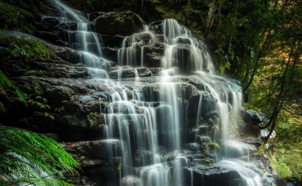 Leura Cascades waterfall close up