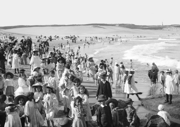 Bondi beach in 1900 creative commons photo
