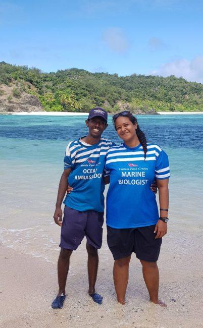 Captain Cook Fiji Crew