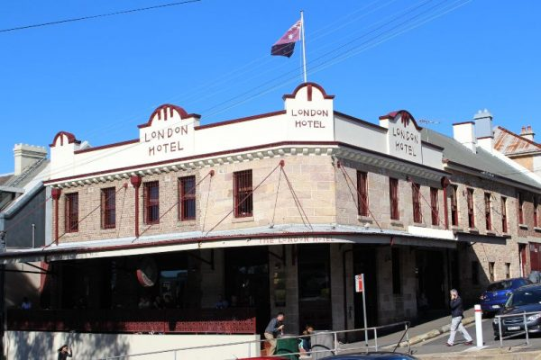 Balmain Pub walking tour