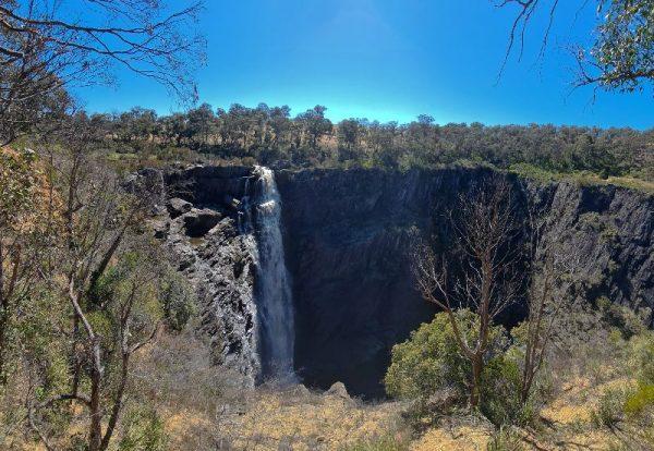 Waterfalls in NSW Apsley Falls