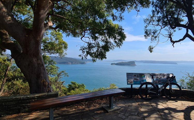 West Head Lookout to Lion Island Kur-ring-gai Chase National Park