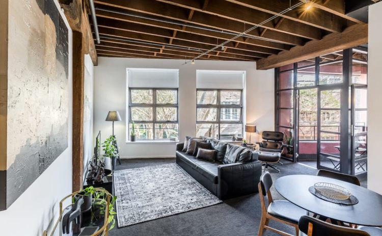 Chippendale warehouse airbnb rental in Sydney