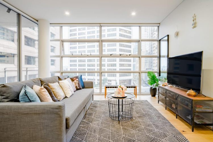 Light filled apartment in darling harbour Sydney