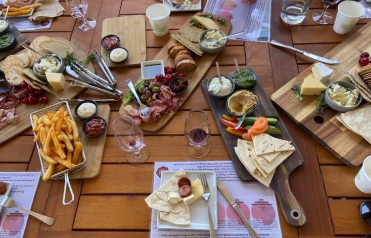 Dining in Mudgee with AEA tours